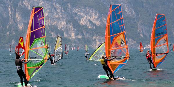 Der Gardasee - Viele Wassersportaktivitäten